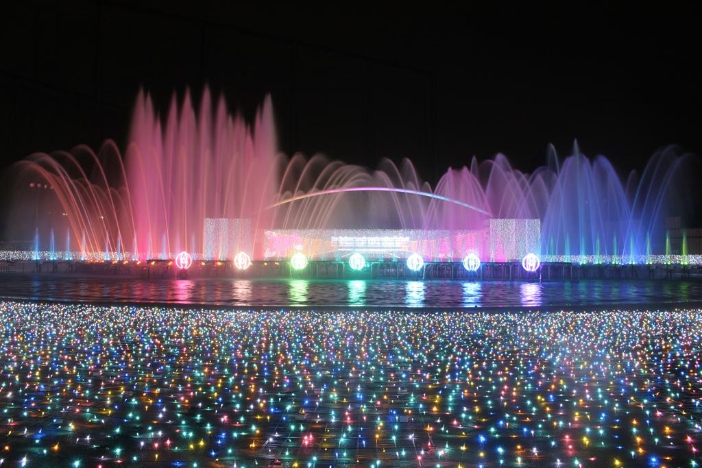水と光のコラボレーションは一見の価値あり!おこさまと一緒に楽しんでくださいね☆