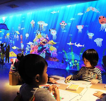 ららぽーとチームラボ Sketch Aquarium / お絵かき水族館
