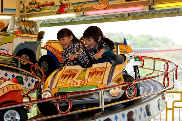 日本モンキーパークのサーキット2000