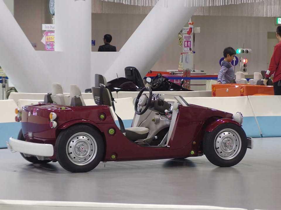 【ライド スタジオ】で子どもドライバーに変身!
