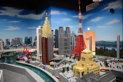 創作意欲が刺激されるレゴの世界を見よう