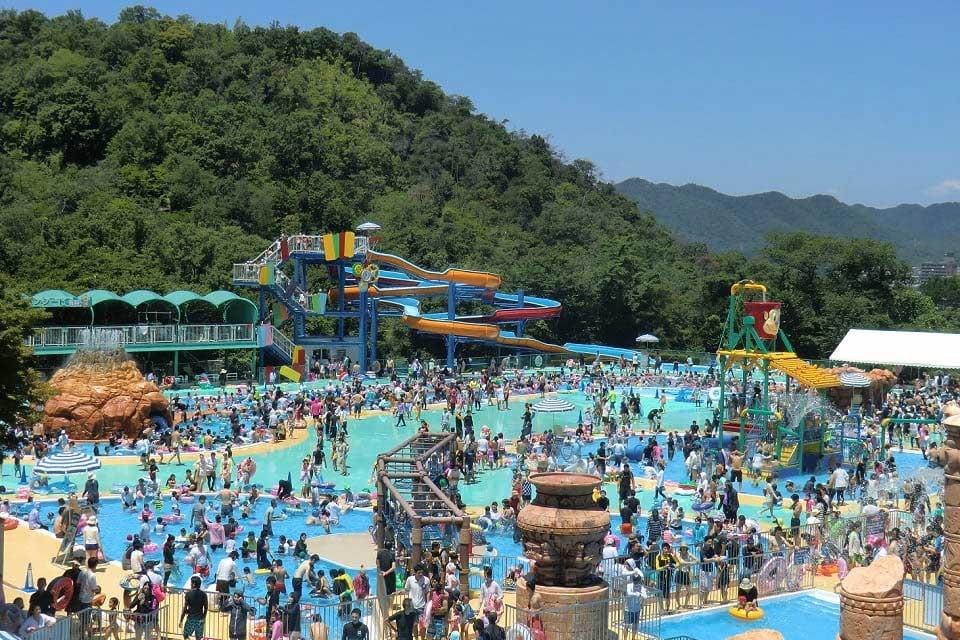 毎年大人気の「水の楽園 モンプル」 ※夏期営業