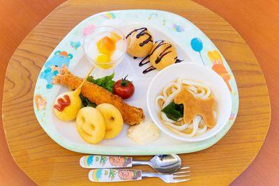 おなかいっぱいお食事を楽しもう!