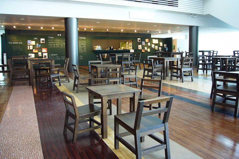 食べ物まで日本・科学・未来!? Miraikanのレストランとカフェ