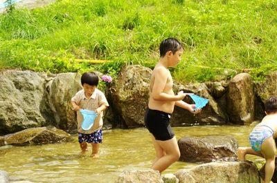 子どもたちにはたまらない水遊びも楽しめます!